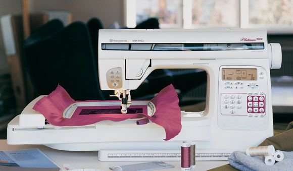 Viking Platinum 950E Sewing & Embroidery
