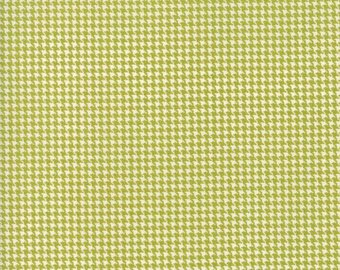 Authentic Etc - green houndstooth