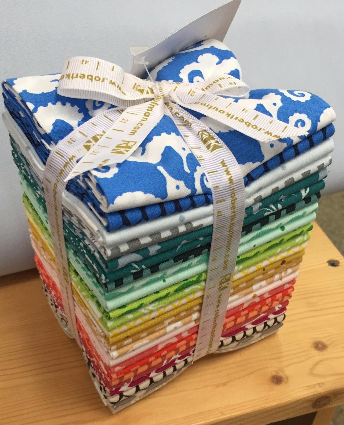 REEF FAT QUARTER BUNDLE