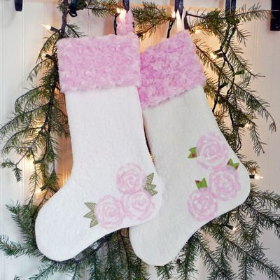 CHRISTMAS ROSES STOCKING PATTERN
