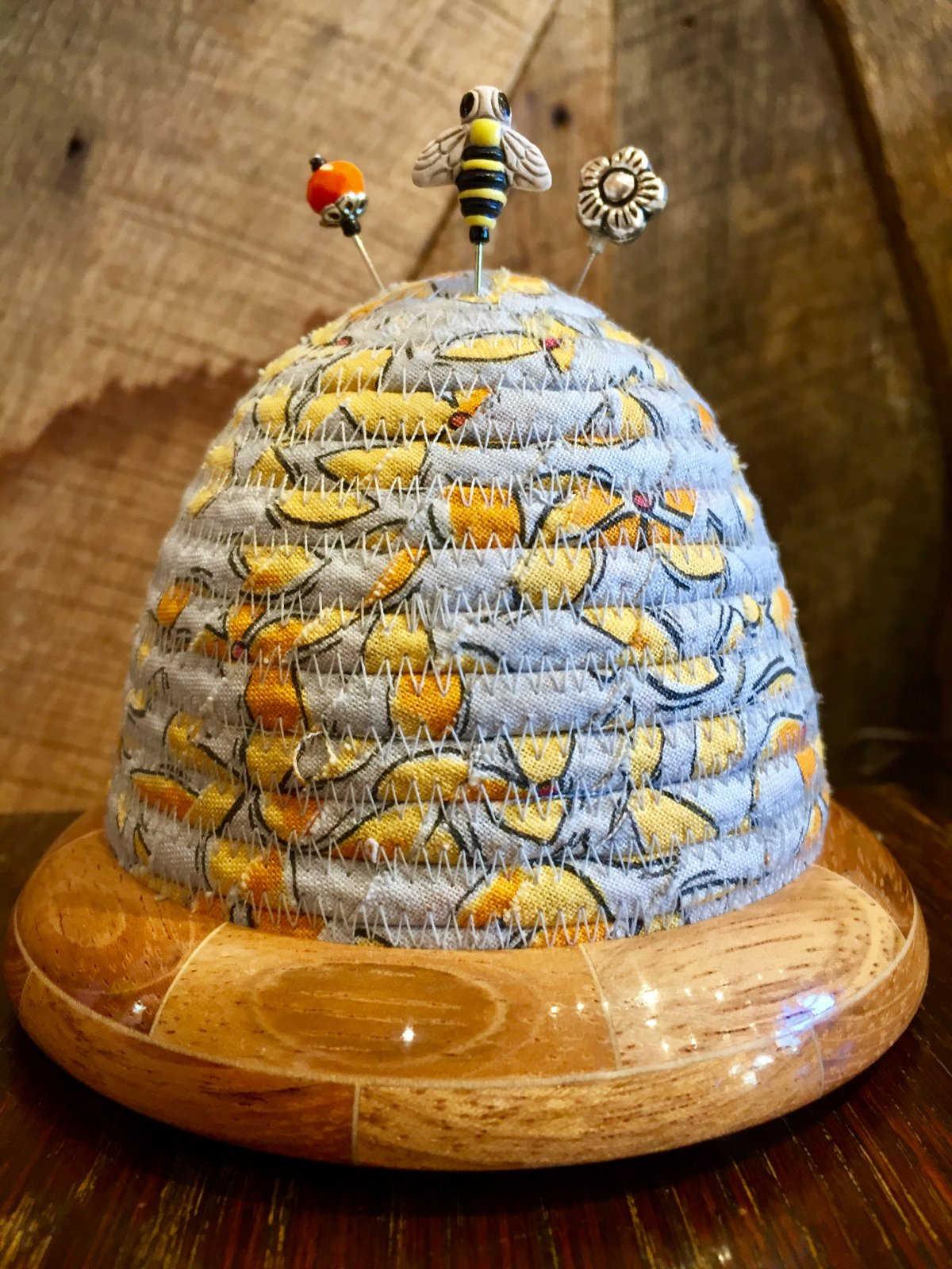 Beehive Pincushion - Color Fusion by Laura Heine Top - Jatoba / Maple Base