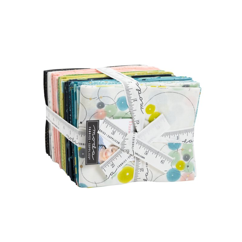 Pre-Order - Dance In Paris Metallic Fat Quarter Bundle - 35 Pieces
