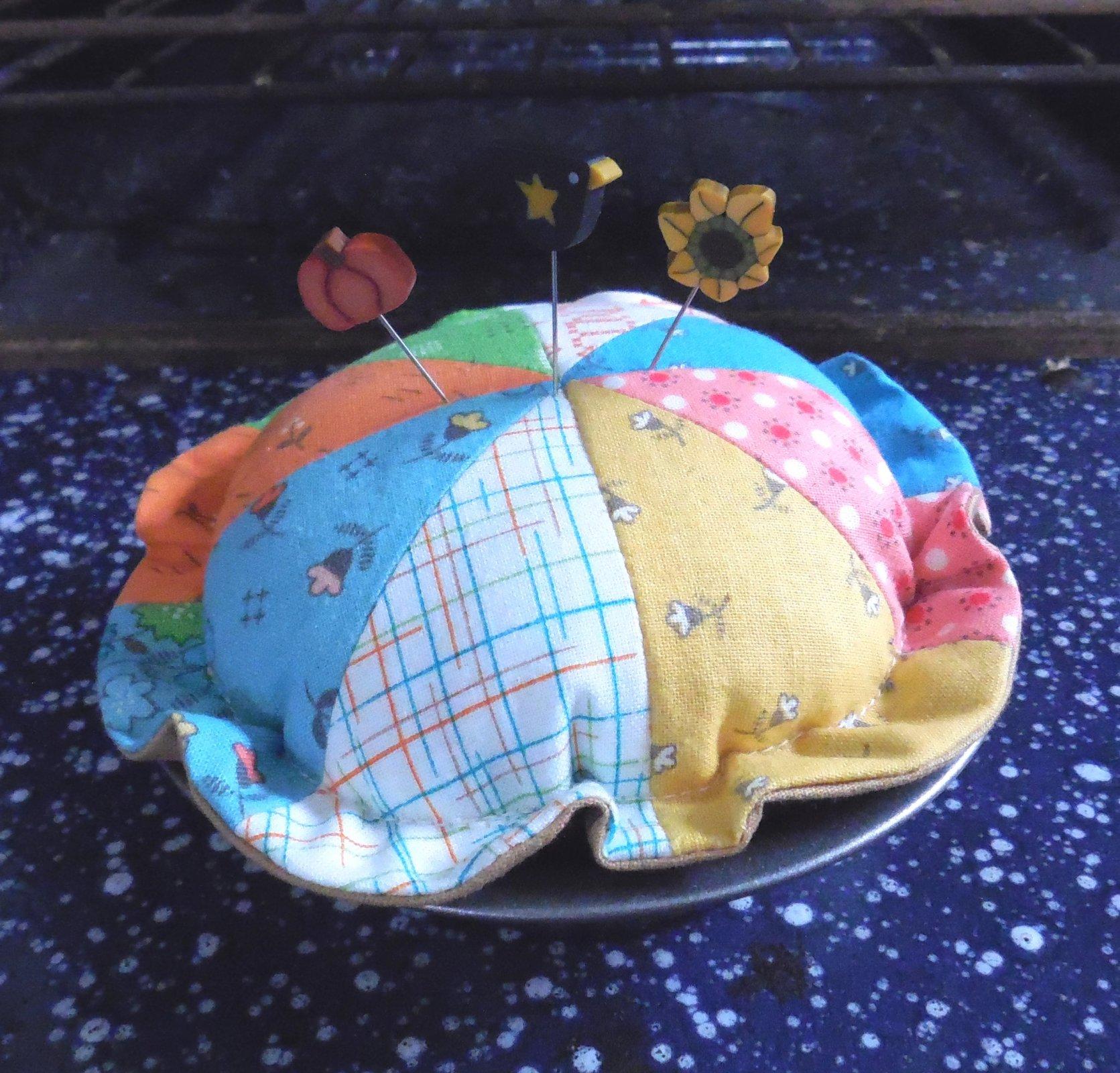 Cutie Pie Pincushion & Pins