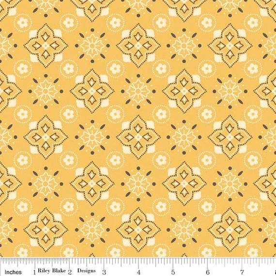 Sasparilla - Yellow - Farm Girl Vintage Lori Holt Border Fabric