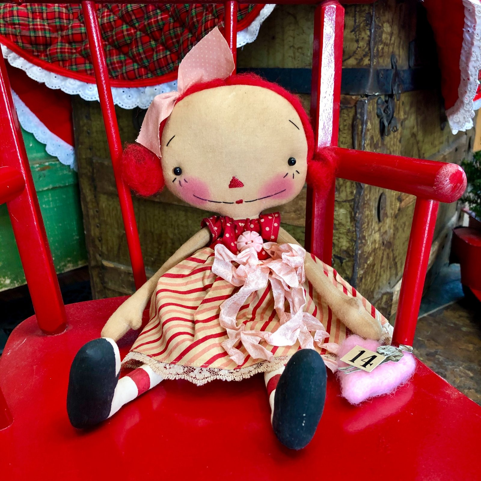 Raggedy Old Annies - with Pink Heart