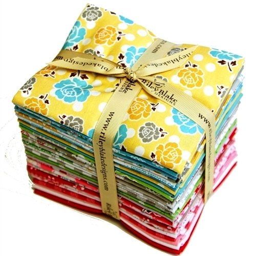 Polka Dot Stitches by Lori Holt - Fat Quarter Bundle - 28 Pieces