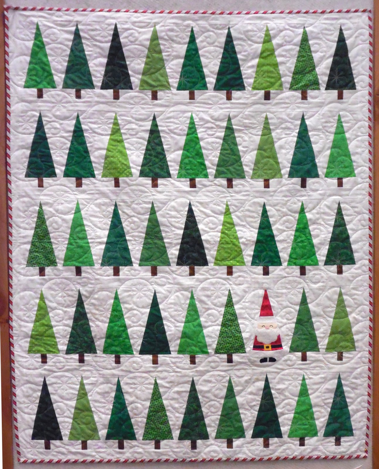 Santa in the Trees Quilt Kit - 50 x 60