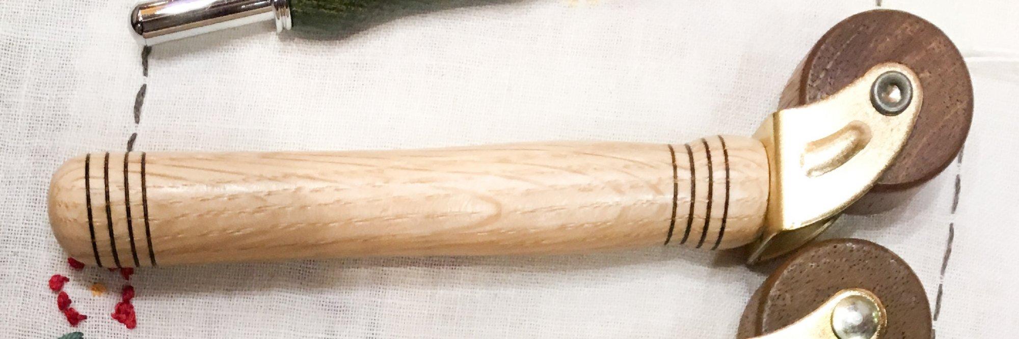 Wood Seam Roller - Maple