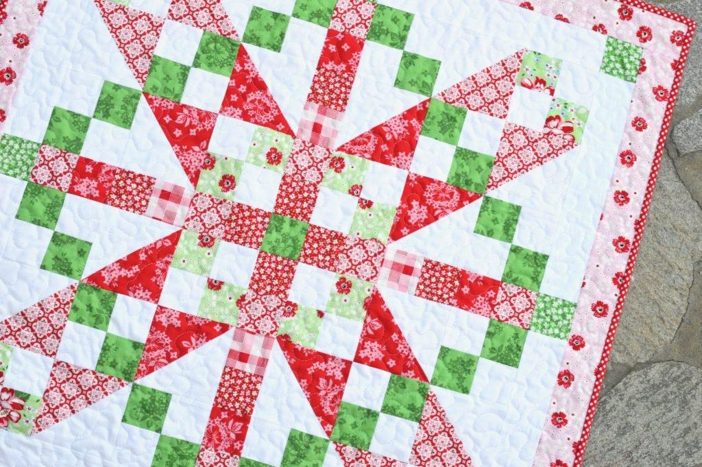 Vintage December Quilt Pattern - 34 x 34