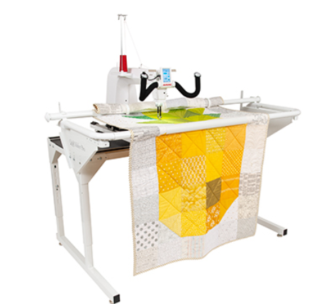 Janome Quilt Maker Pro 16 with Bobbin Winder