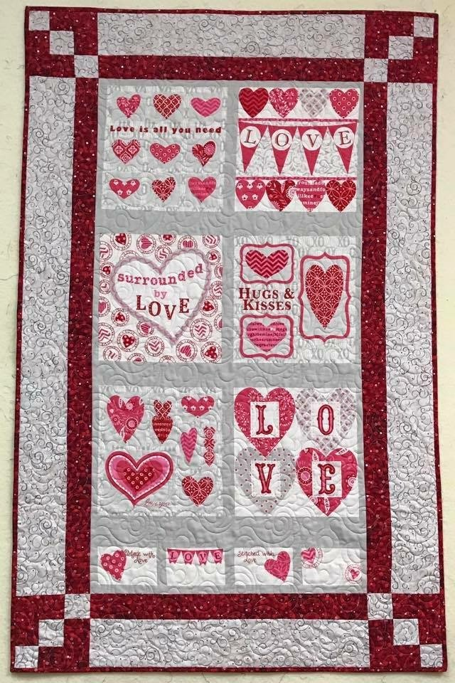 Panel Magic Valentine Runner 34-1/2 x 54