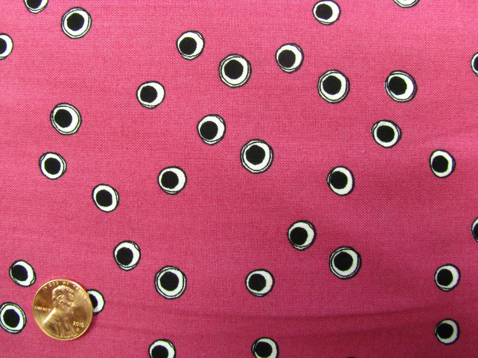 Quilting Treasures-Still Loralie-21235-V pink with black dots