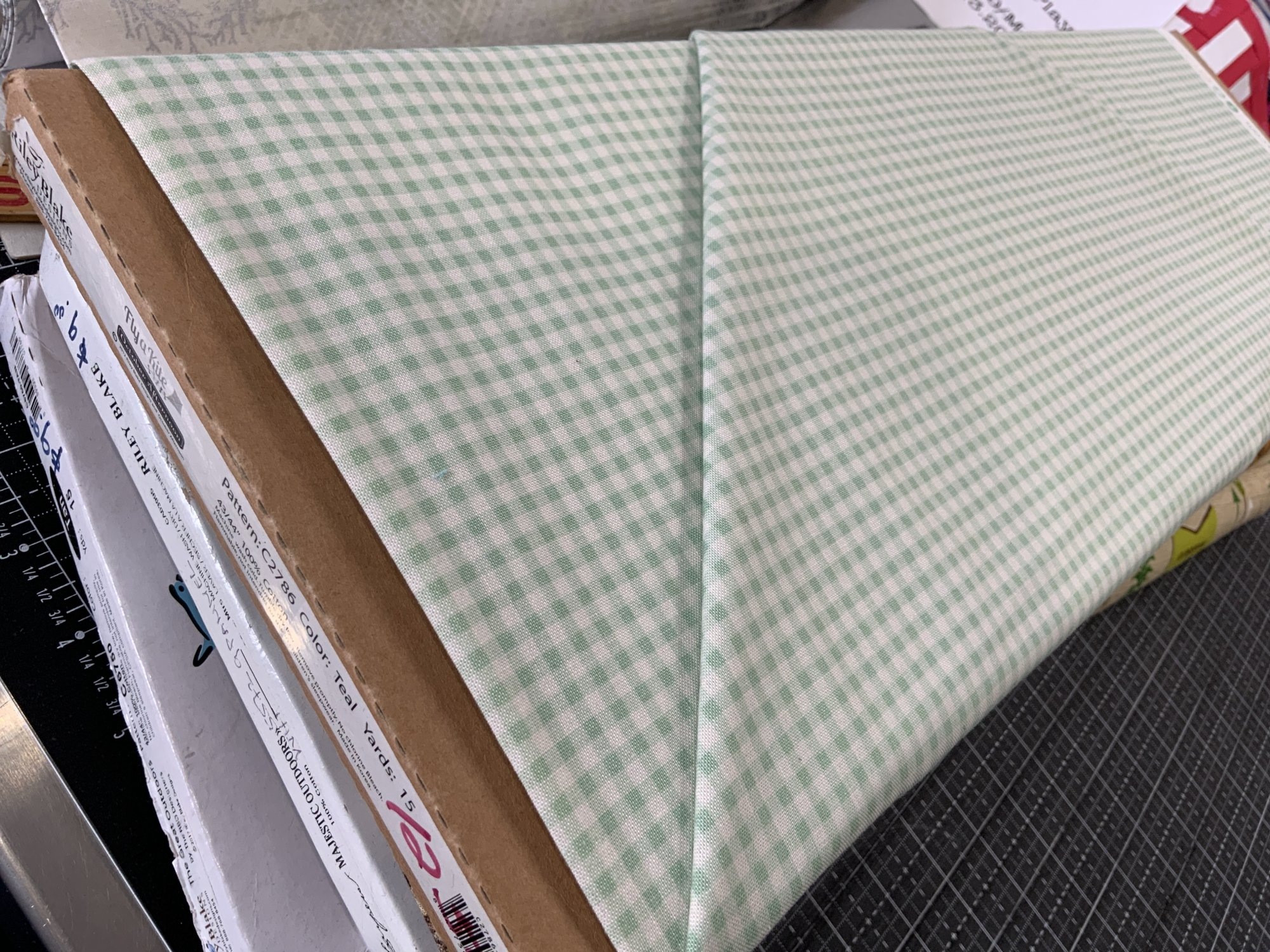 Fly a Kite - Gingham green