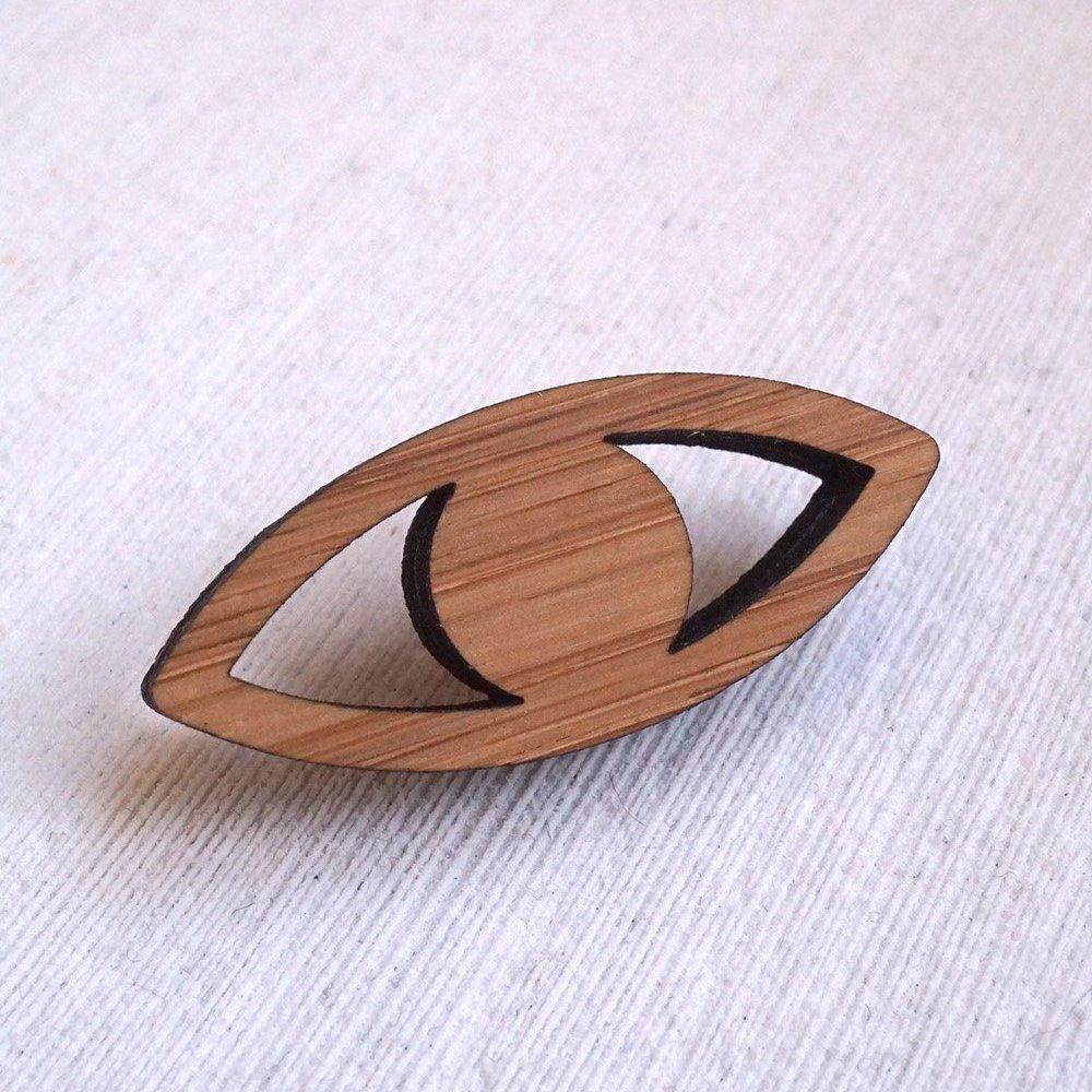 Arrow Mountain Bamboo Button - Eye