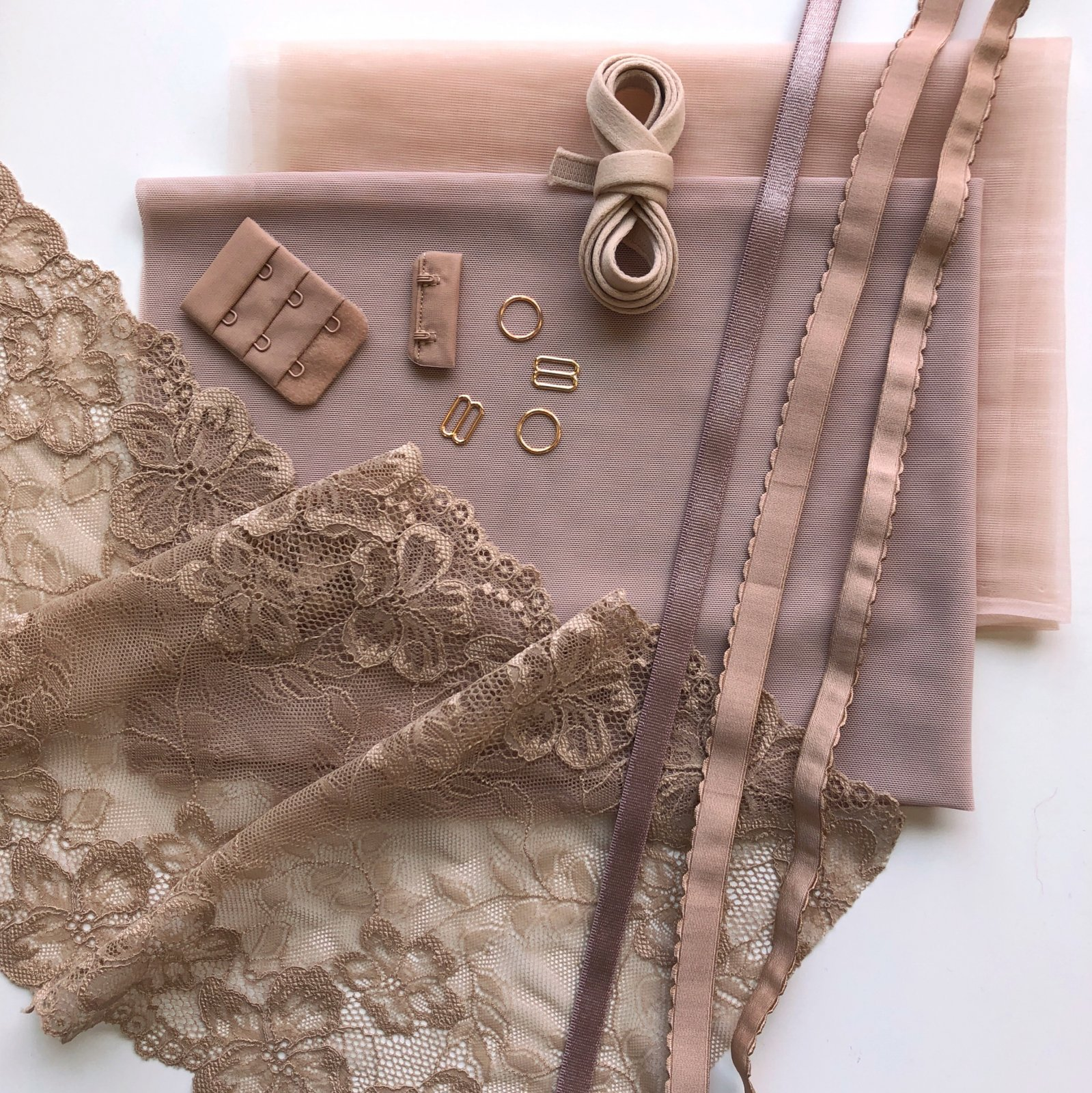 Lace Underwire Bra Kit - Latte