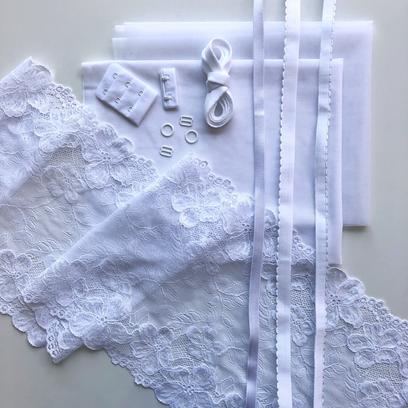 Lace Underwire Bra Kit - White