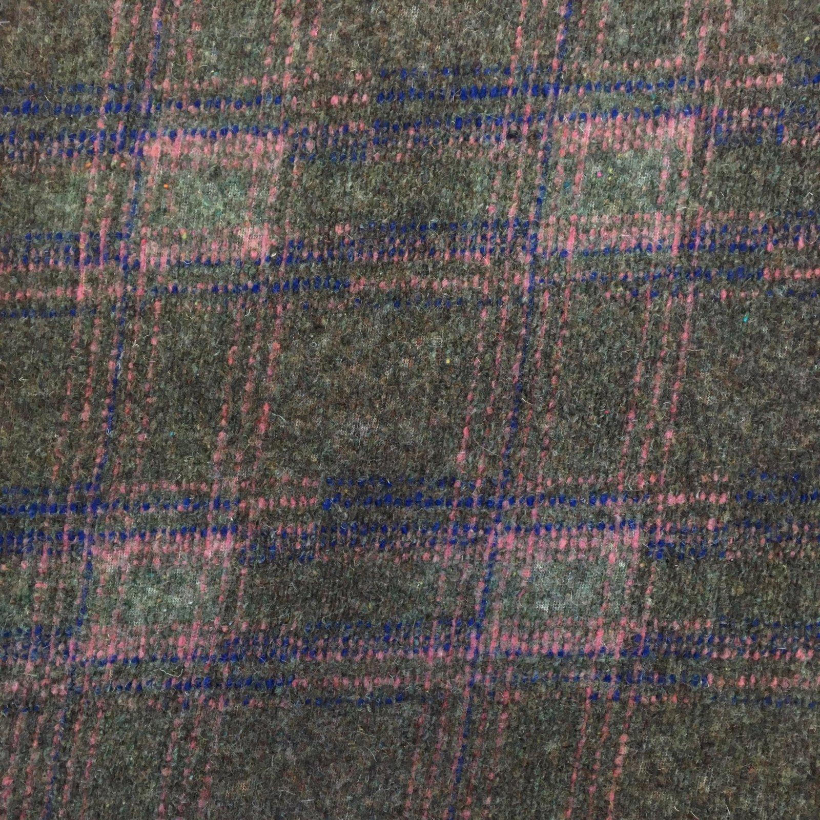 Italian Wool Sweater Knit - Pink/Blue Plaid