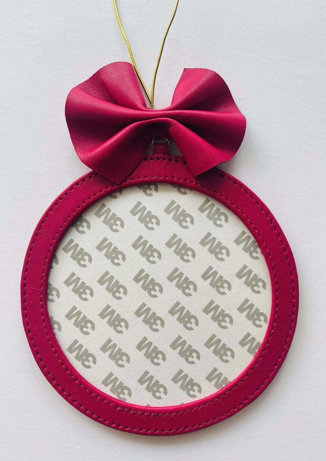 5 Holiday Round Ornament - Hot Pink