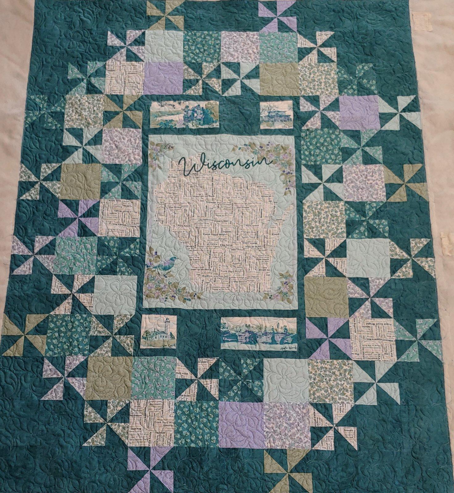 GCQK2021 Shop Hop WI Grand Central Quilt Kit  60 x 78 SEE LONG DESCRIPTION