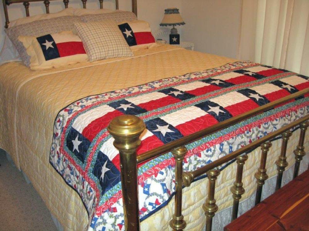 Texas Bunkhouse Bed Runner / Table Runner