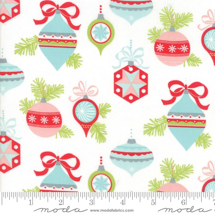 Vintage Holiday by Bonnie and Camille - Christmas Vintage Ornaments - White - Moda 55160 18FQ - Fat Quarter