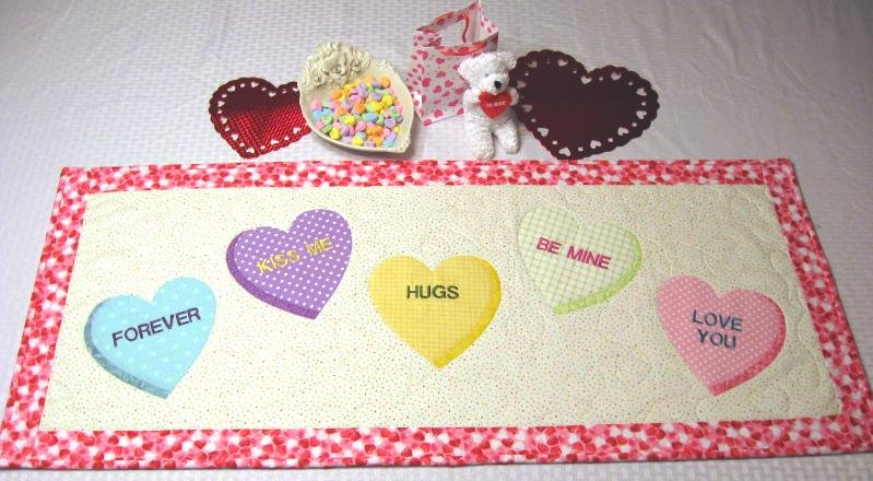 Sweet Hearts - 18 x 40 Table Runner/Wall Hanging