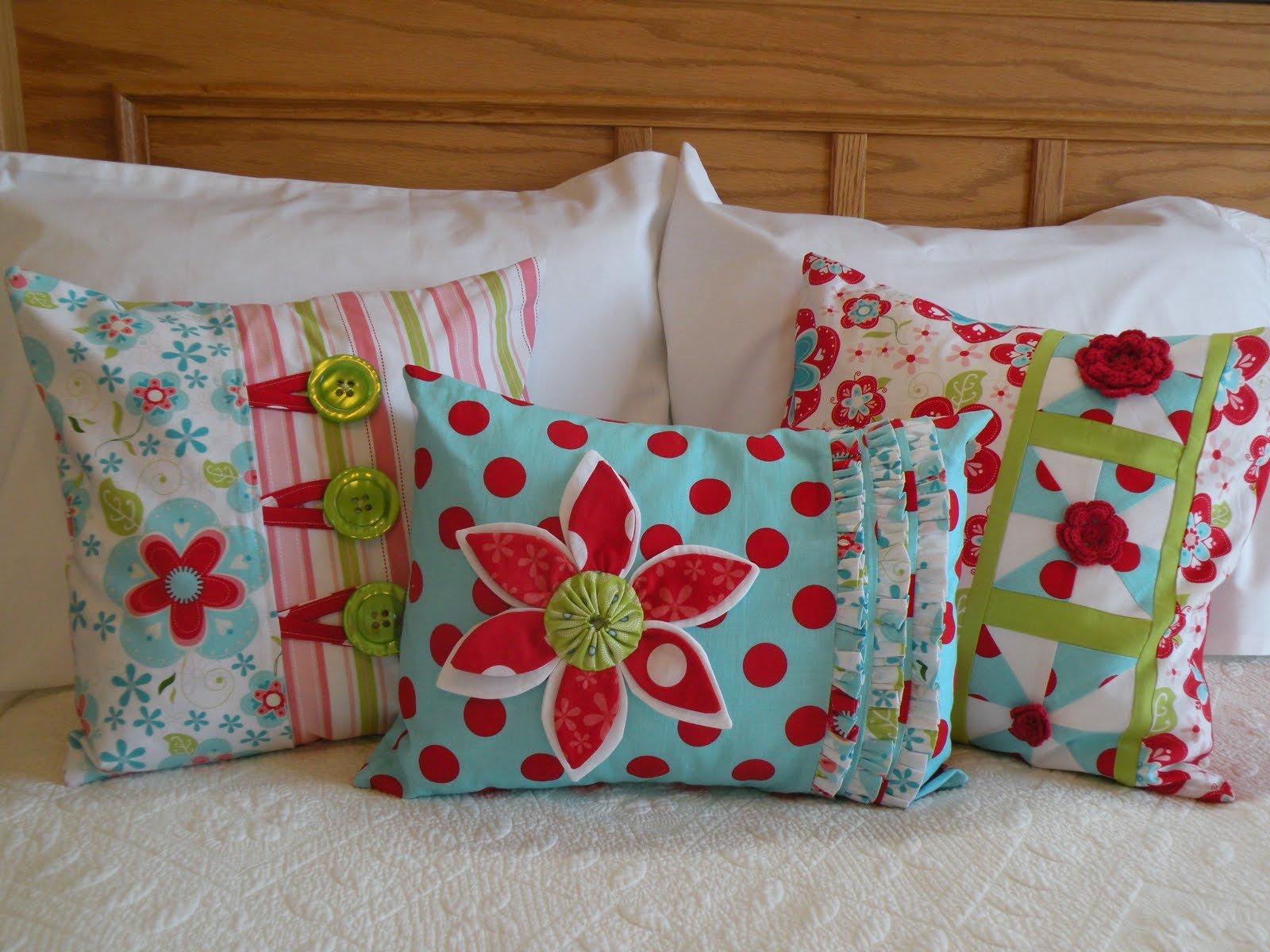 Pop of Color Pillow Pattern