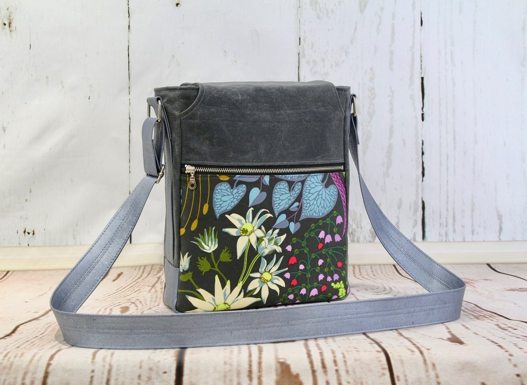The Coneflower Cross Body Bag Acrylic Templates