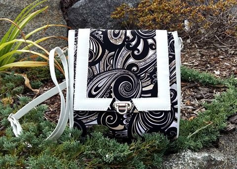 The Juno Sling Purse Acrylic Templates