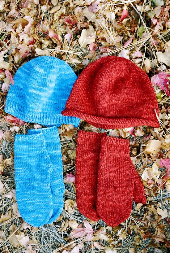 Basic Hat & Mitten Set for Women
