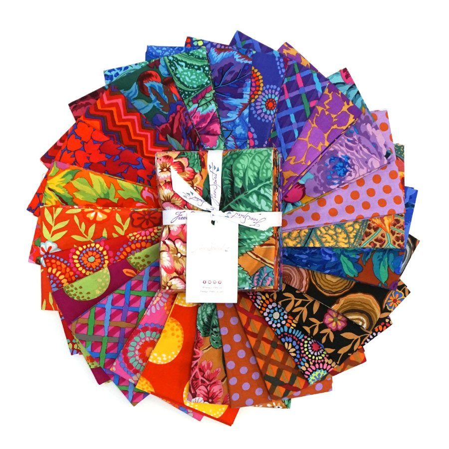 Kaffe Fassett Collective Fat Quarter Stack - February 2020 - Warm (25 pcs)