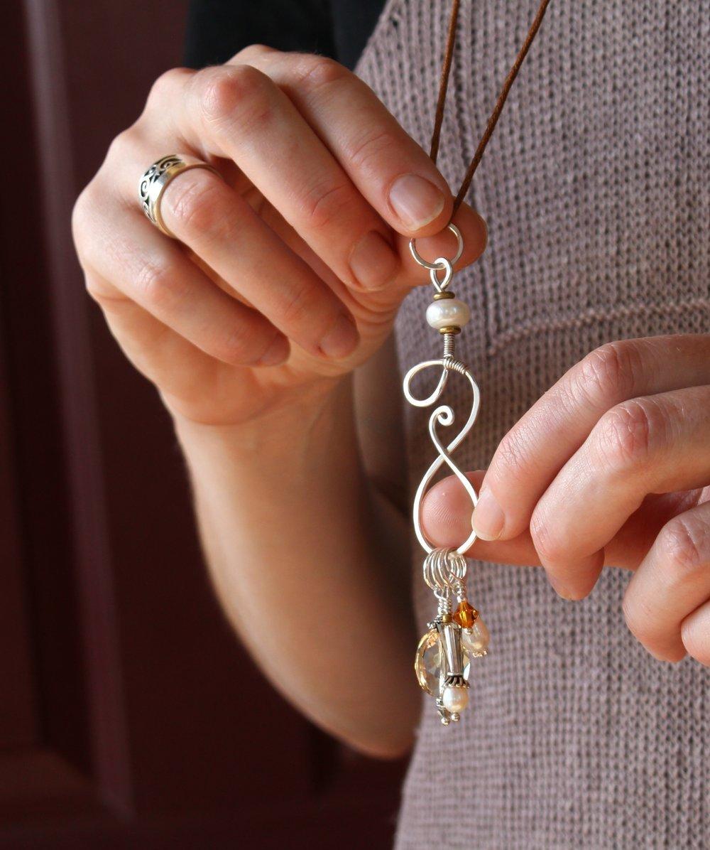 Symphony Stitch Marker Necklace - Linen Cord