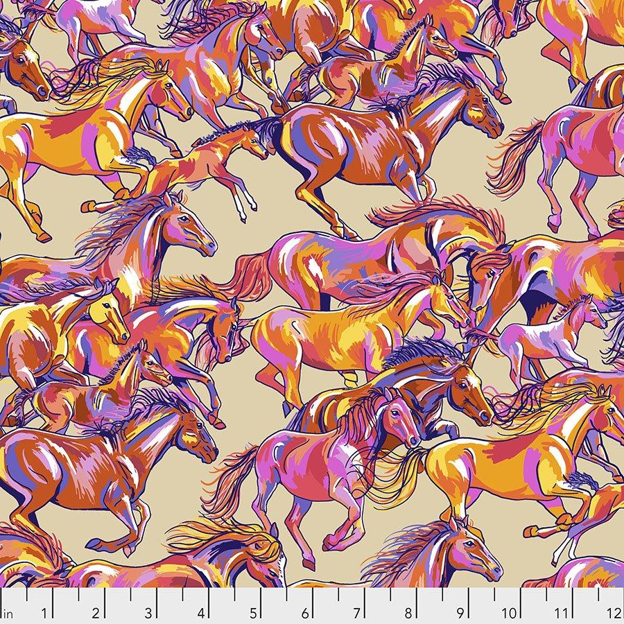 Calico Horses - Range Runners Big (Remnant: 1-7/8 yds)