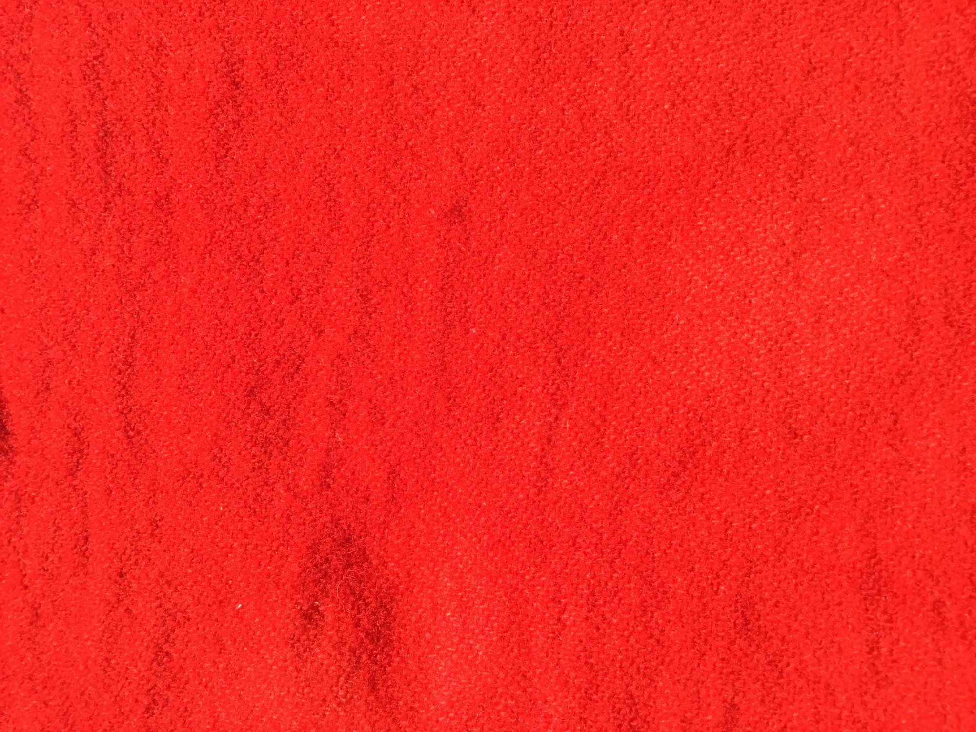 100% Wool Handyed Bright Red