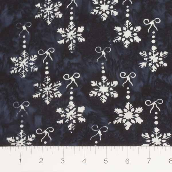Banyan Batiks Winter Light Bow & Snowflakes