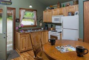 reel em inn kitchen