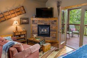 rocky's retreat fireplace