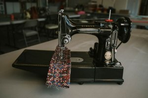 Singer Featherweight 221 painted black front