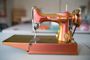 Singer Featherweight 221 painted color changing bronze front