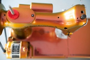Singer Featherweight 221 painted color changing bronze top