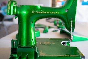 Singer Featherweight 221 painted green metallic candy apple motor