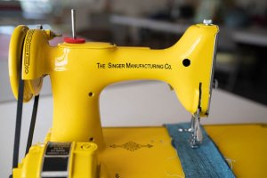Singer Featherweight 221 painted yellow motor