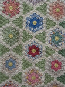 Grandmother's Flower Garden Variation