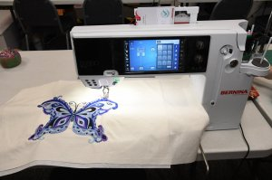 Zig-Zag Corner Quilts Greenfield IN fabric shop Sewing Quilting BERNINA SEWING MACHINE embroidery example