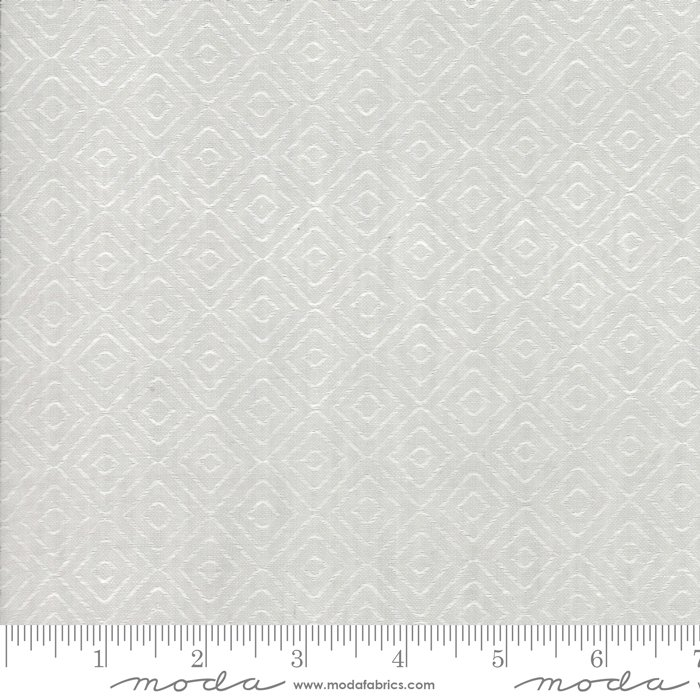 Woven Diamond Gray<br/>Moda 12405-25