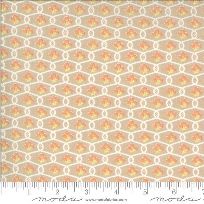 Chantilly Grey Trellis<br/>Fig Tree & Co / Moda 20345-17