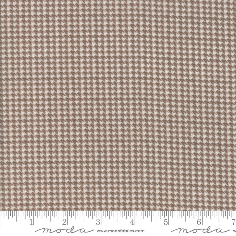 Houndstooth Toast<br/>Moda Flannels 49106-15F