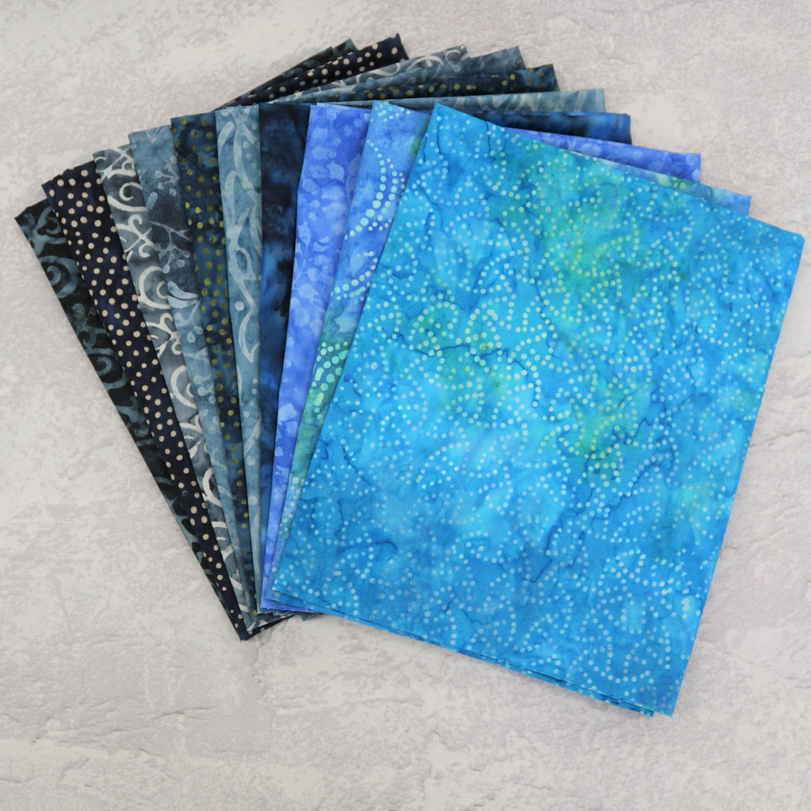 FQ Bundle Blue Batiks #1<bk/>GSF House Mix
