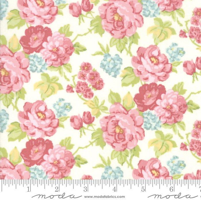 Cottage Bouquets Linen<br/>Moda 18690-11