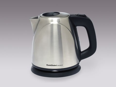 Chef's Choice compact cordless electric kettle